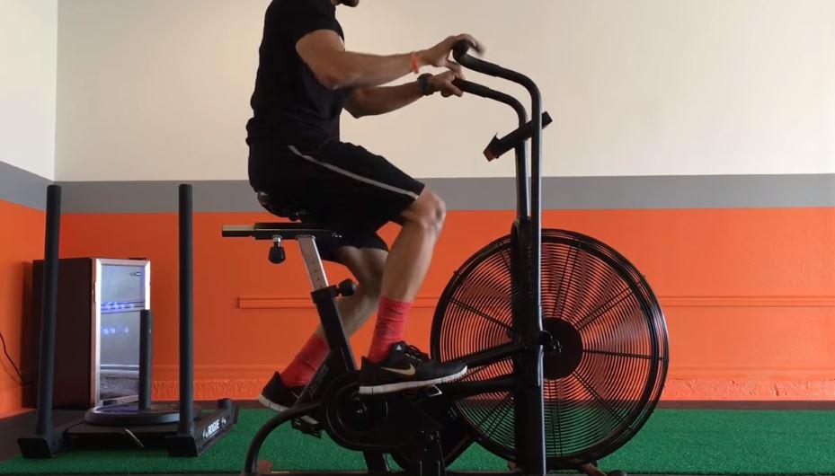 Les cinq vélos d'assaut les plus efficaces pour brûler plus de calories en moins de temps