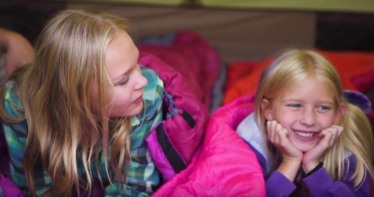Les 5 meilleurs sacs de couchage pour enfants, idéaux pour le camping et l'aventure