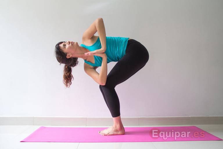 10 postures de yoga pour perdre du poids rapidement et tonifier votre corps