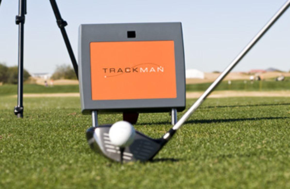 Les 5 meilleurs Trackman de swing de golf se donnent à fond sur le green