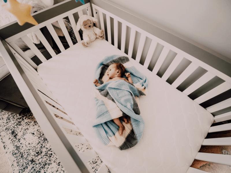Le guide d'achat du meilleur ciel de lit bébé